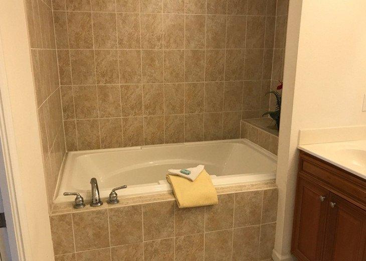 VILLAS 101, 3 BEDROOM/2 BATH, GROUND FLOOR, PET FRIENDLY #9