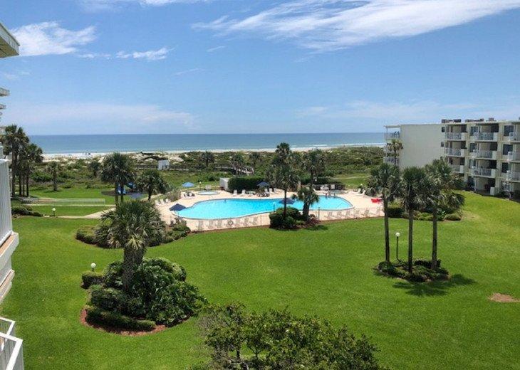 Ocean/Pool view from condo