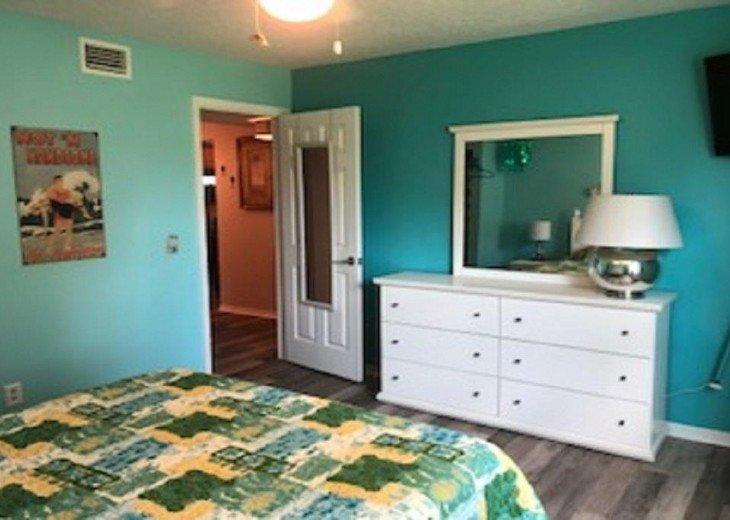 17 SEASIDE TWO BEDROOM TWO BATH CONDO PET FRIENDLY #16