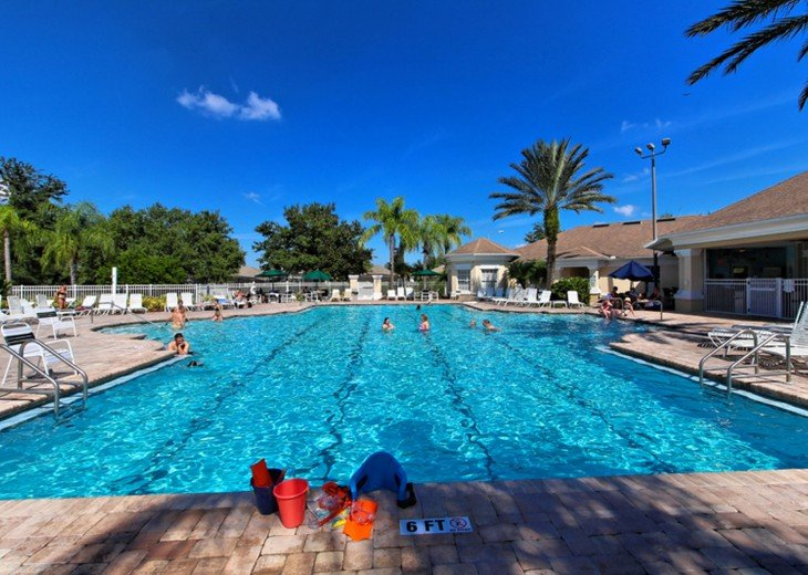 This is one of the best pools in Central Florida. The heating is strong