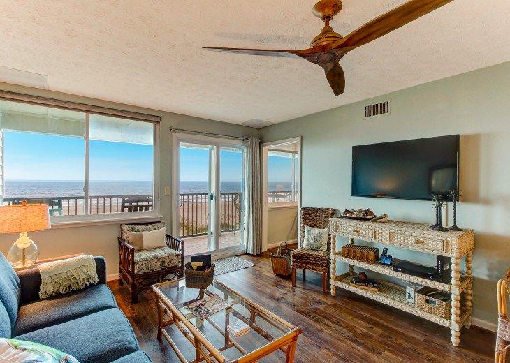2 bedroom, 1 bath Oceanfront Condo #2
