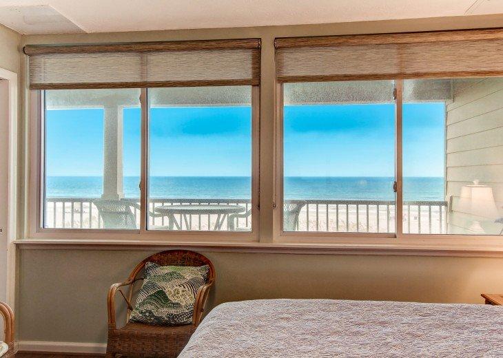2 bedroom, 1 bath Oceanfront Condo #17