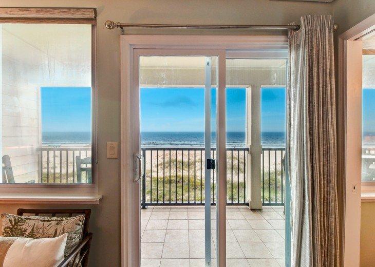 2 bedroom, 1 bath Oceanfront Condo #5