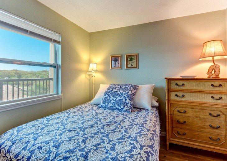 2 bedroom, 1 bath Oceanfront Condo #20