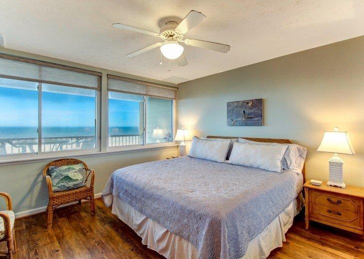 2 bedroom, 1 bath Oceanfront Condo #16