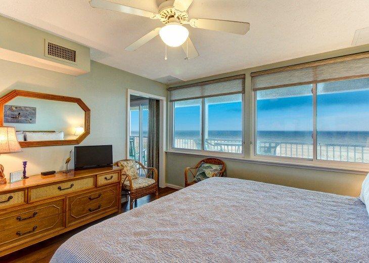 2 bedroom, 1 bath Oceanfront Condo #14