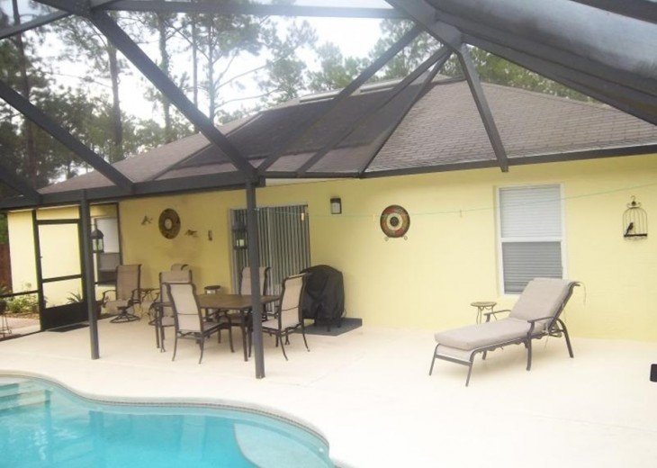 Nice Clean, 3 Bdrm Pool Home, Close to Beach #33