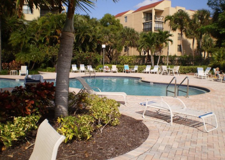 Luxury Condominium ( Delray Racquet Club ) #10