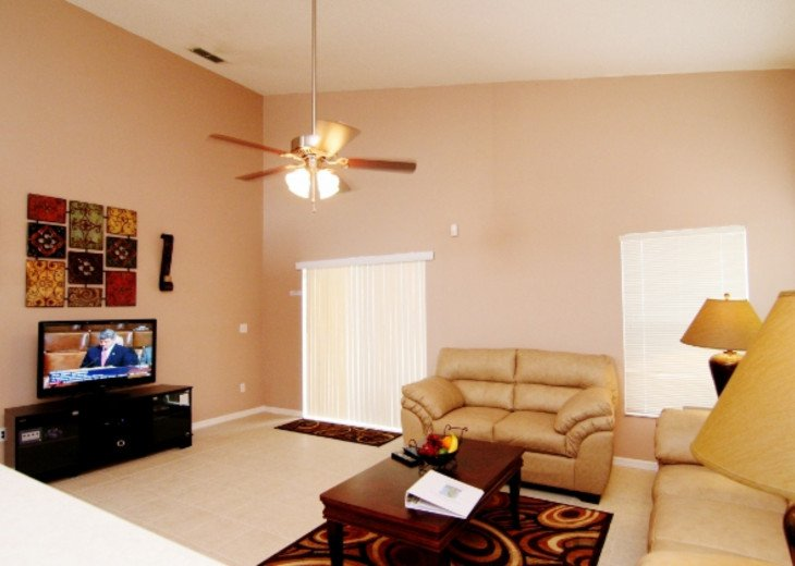 Spacious 3 en-suites villa with private pool and SPA, WiFi, Game Room #3