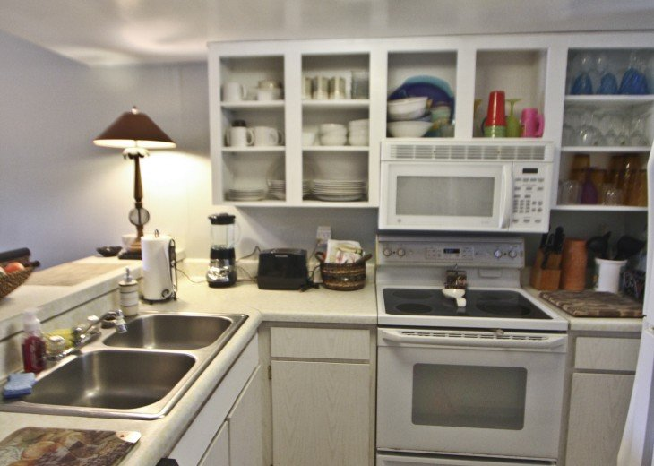 2BD/2BA Ocean View Condo, I have 6 nights from 7/21-7/27 only $125/night HURRY #18
