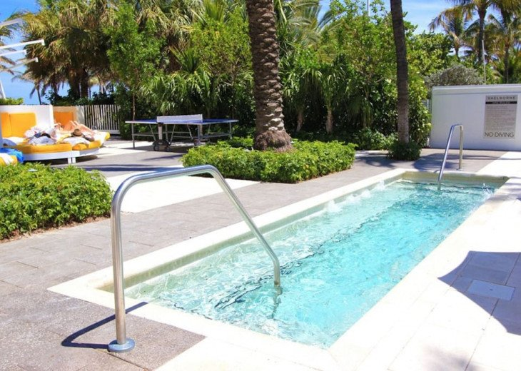 Miami Beach Townhouse Pool Villas #3