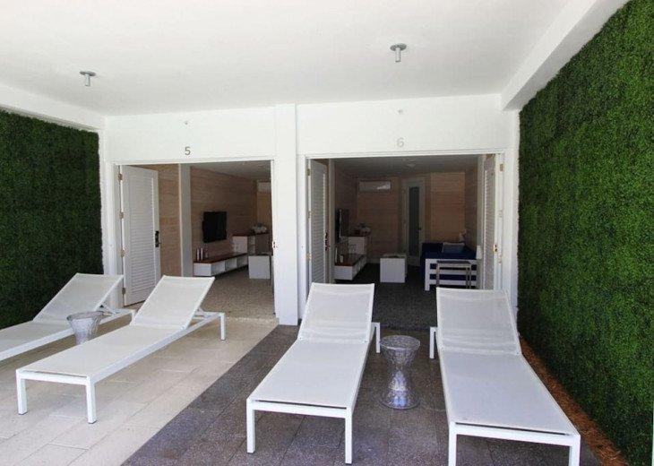 Miami Beach Townhouse Pool Villas #17