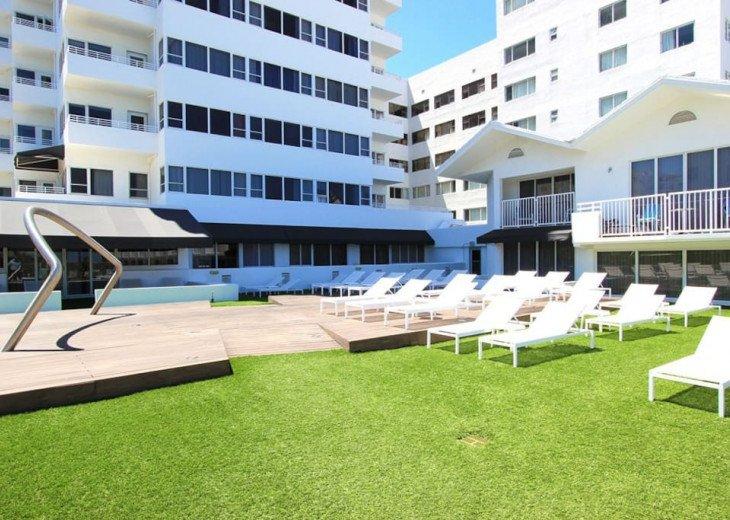 Miami Beach Townhouse Pool Villas #16