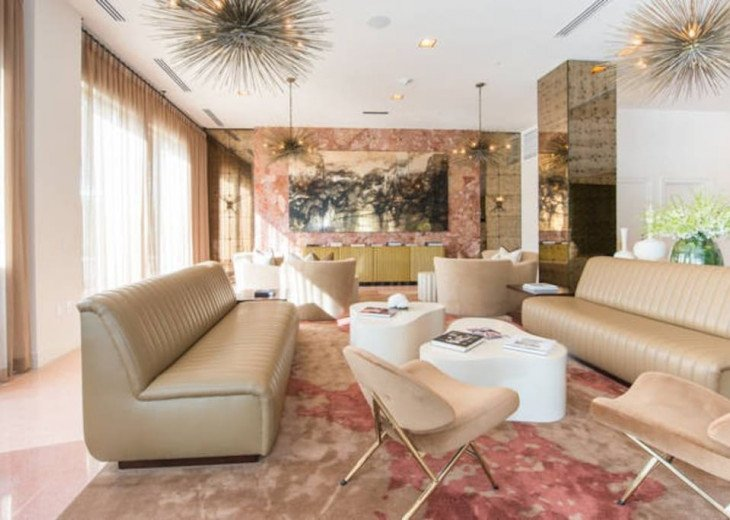 Miami Beach Townhouse Pool Villas #12