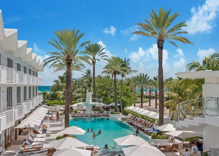 Miami Beach Townhouse Pool Villas #1