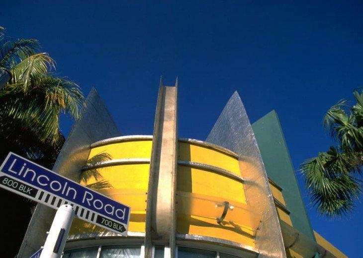 Miami Beach Townhouse Pool Villas #44