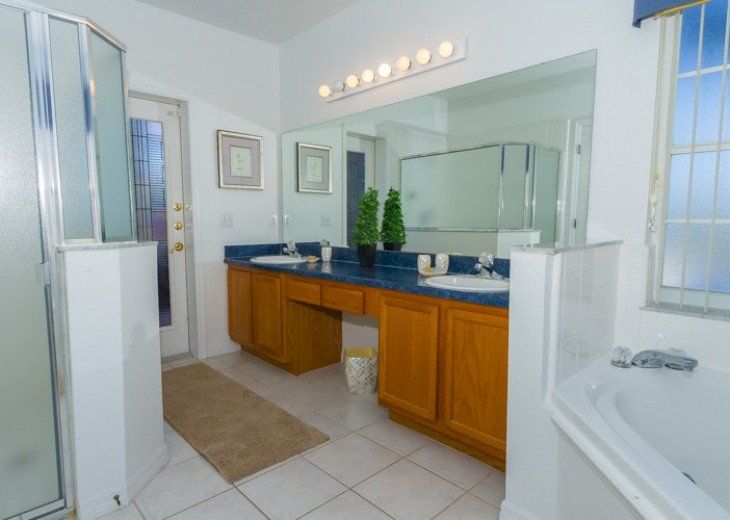 Stunning Villa Starlake | 6-Bedroom Pool Home with Lake View | Sleeps 12 #26