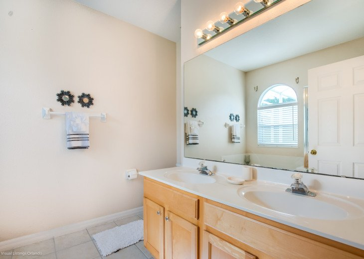 $89 SALE AFFORDABLE FLORIDA VACATION RENTAL VILLA WITH A POOL NEAR DISNEY #44