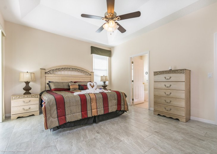 BEAUTIFUL VACATION HOME ON A GOLF COURSE WITH A POOL NEAR DISNEY #8