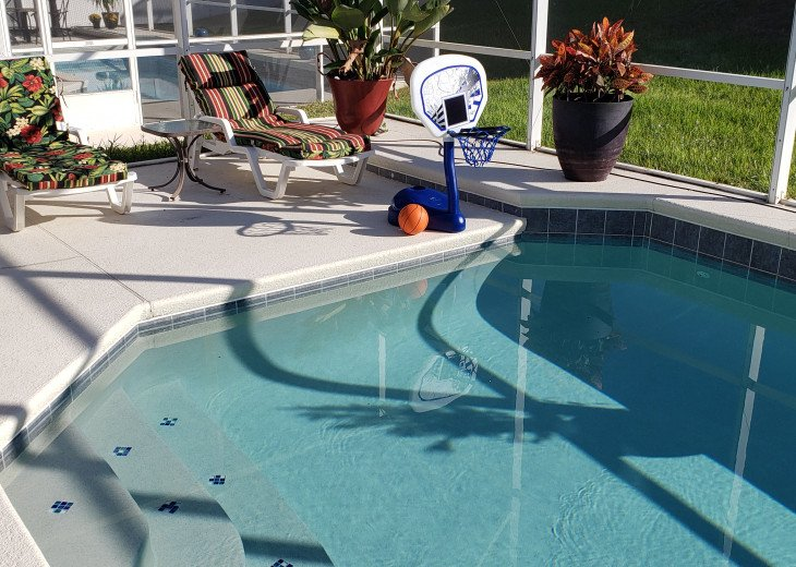 BEAUTIFUL VACATION HOME ON A GOLF COURSE WITH A POOL NEAR DISNEY #52