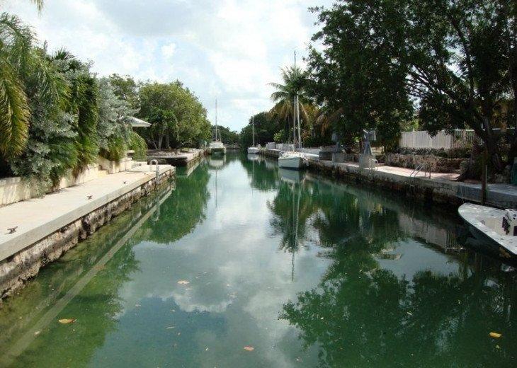 Cudjoe Gardens Oceanside, Deep Water Canal, Pool Home #2