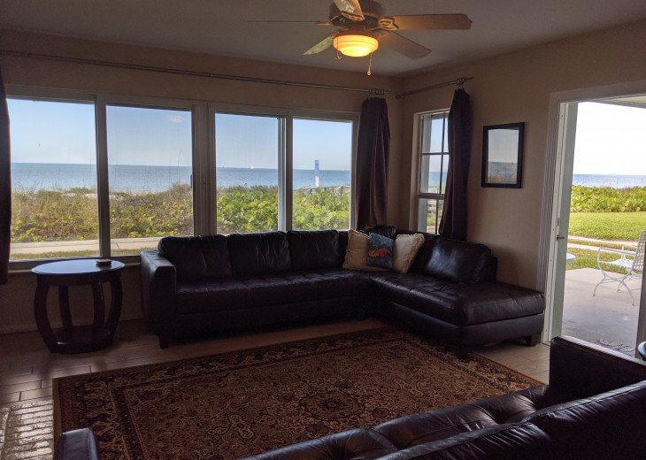 Town Home With Direct View of Beach! #1