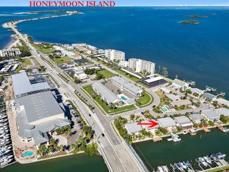 Honeymoon Island is just a few minutes by bike or car. Voted Americas best beach