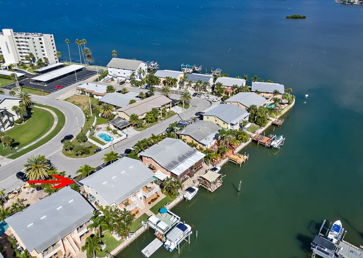 On the water Dockside Villas, brought to you by Florida Sun Vacation Rentals.