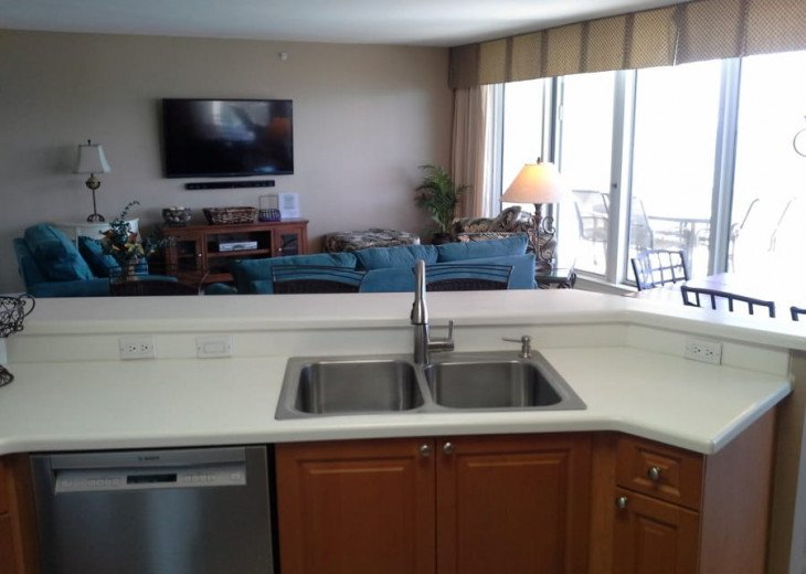 West End Unit with 2 Kings, 2 Queens and Queen SS - 11th Floor - over 2,000 SqFt #11