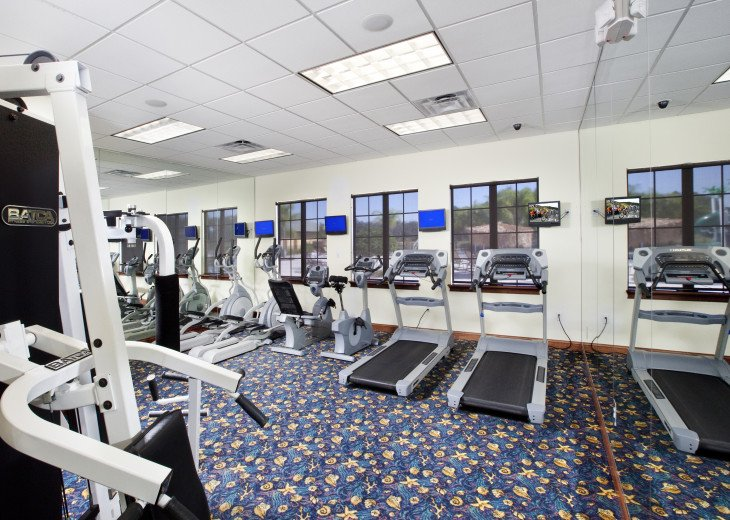 Luxurious! 5 min to Disney! South facing pool/Gameroom/Baby Gear #49