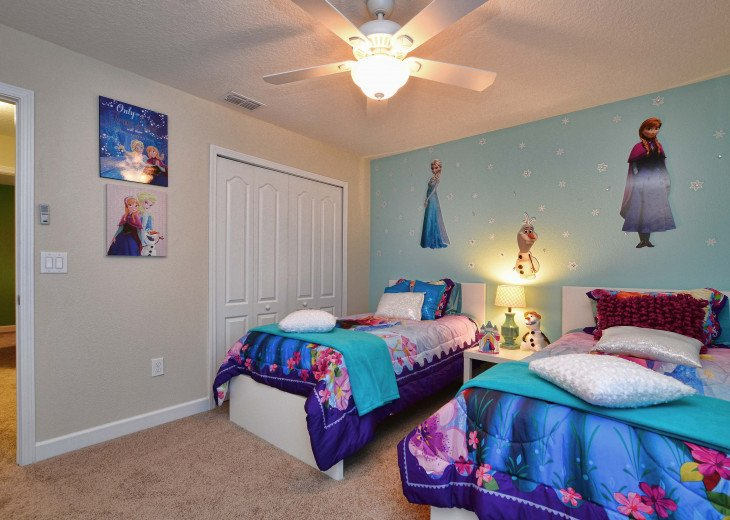 Luxurious! 5 min to Disney! South facing pool/Gameroom/Baby Gear #29