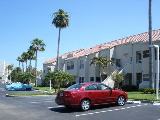 2 beroom 2 bath condo at Isla St Petersburg Florida #1