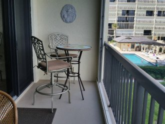 Ocean View Condo, steps from the beach on Beautiful Hutchinson Island- 3 mo.min. #1