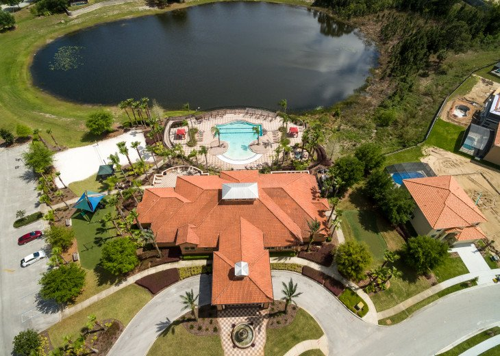 Luxury on the Lake!! New 5 Bedroom Home W. Theatre Room & Sports Package #43