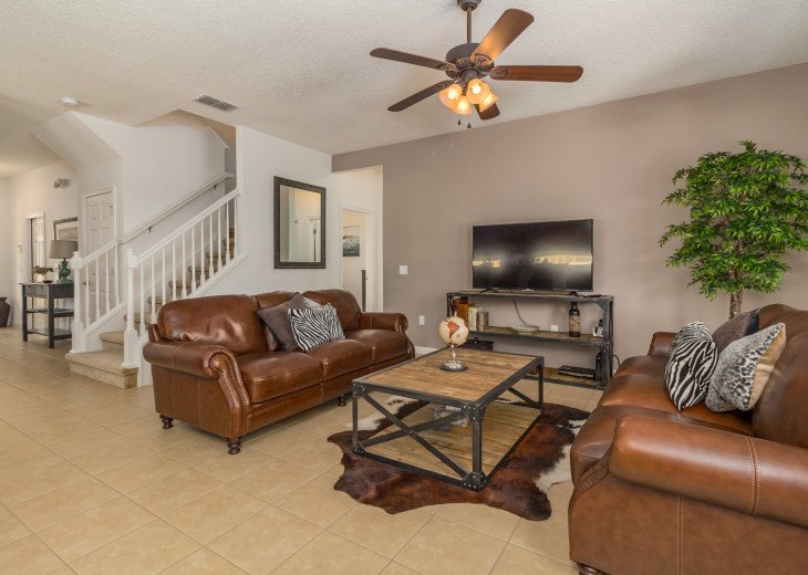 Luxury on the Lake!! New 5 Bedroom Home W. Theatre Room & Sports Package #9