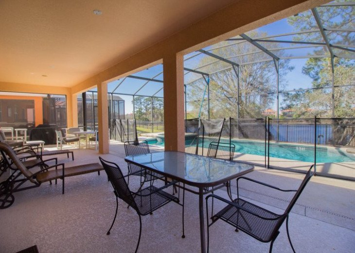 Enjoy privacy and unbeatable lake #35