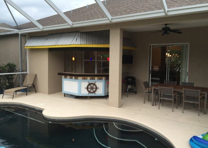 Apollo Beach, Bungalow w/Heated Pool and hot tub. #8