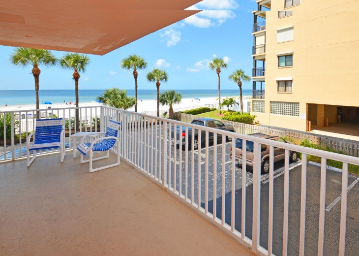 AMAZING Sand Castle II #206 GULF FRONT Spiral staircase to pool & beach #37