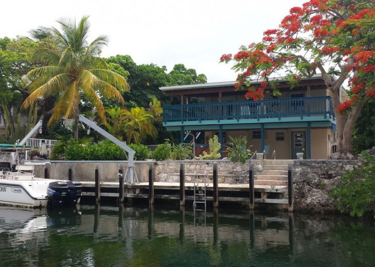 Fisherman's Dream with 60-foot Dock