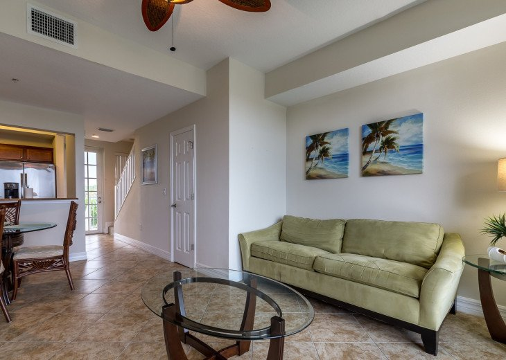 Location! Location! View from both sides! 3 minute walk to beach U621 #14