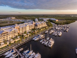 Marina View, 2min Walk to Beach, Waterfront 3b/3b Townhome U545 #1