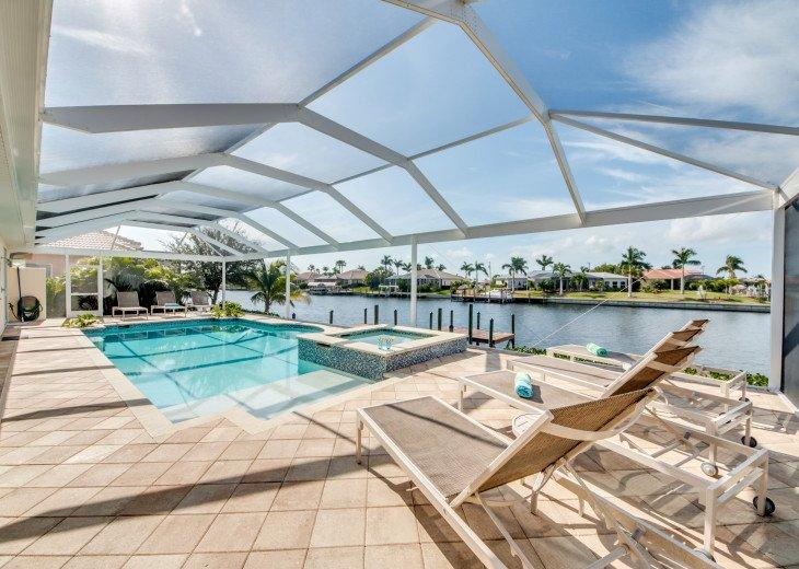 Villa Beach Estate #4
