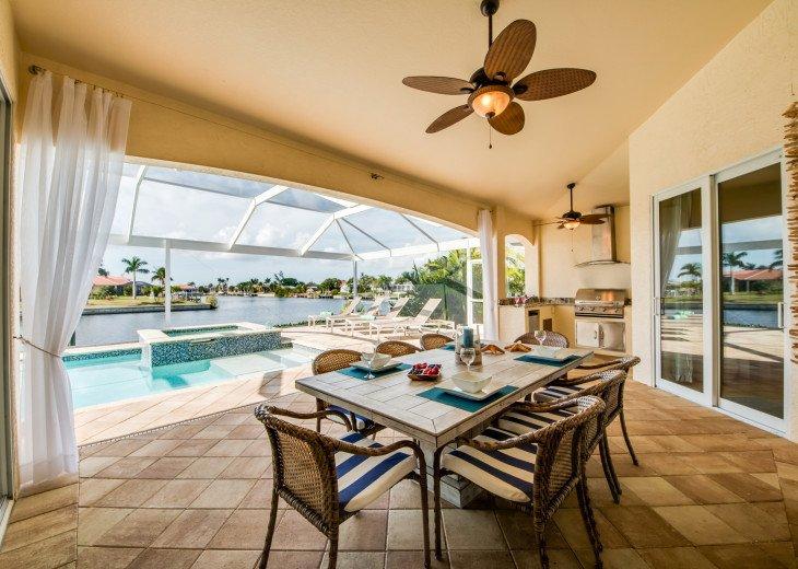 Villa Beach Estate #10