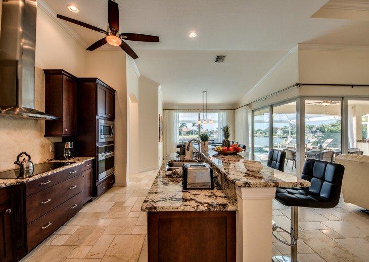 Villa Beach Estate #16