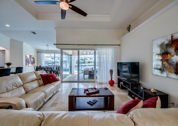 Villa Beach Estate #17