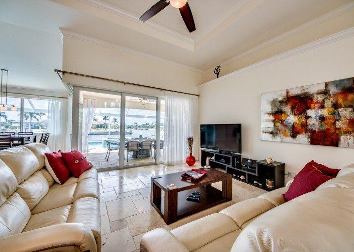Villa Beach Estate #18