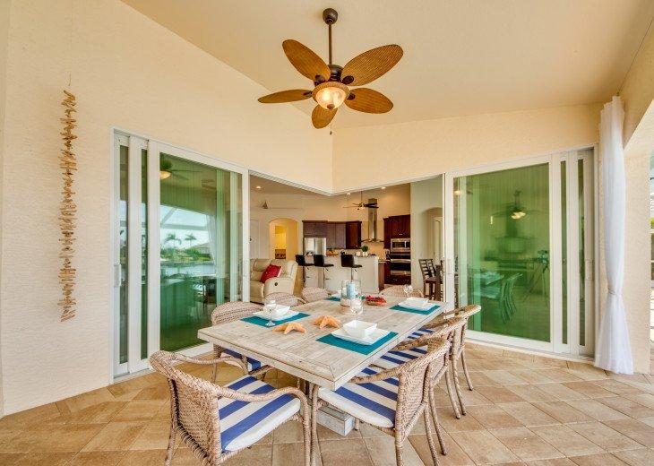 Villa Beach Estate #11