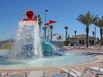 Splash pads for children at Oasis Club (included - no charge)