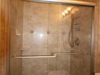2nd bathroom walk-in shower