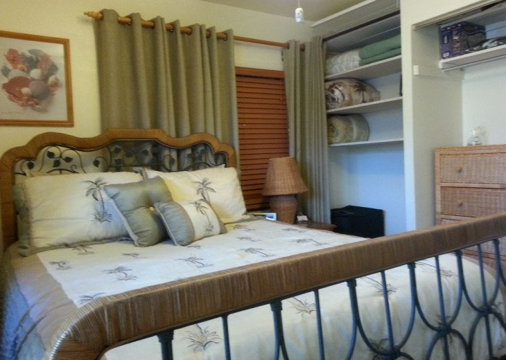 Kens Cozy Conch Key Cottage-2Br/2Bth Getaway + Optional motor boat rental #23
